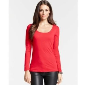 New ANN TAYLOR scoop neck long sleeve Tee m